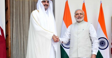 india,-qatar-ink-six-deal-to-boost-business-investments
