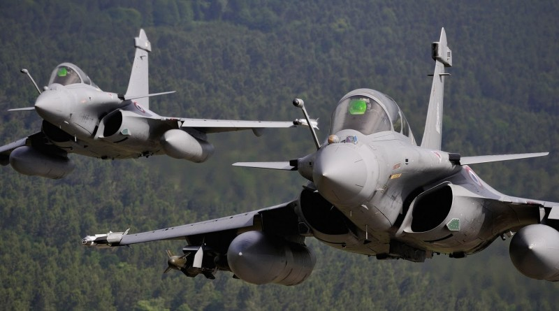 India, France Ink 17 Agreements, India To Buy 36 Rafale Jets