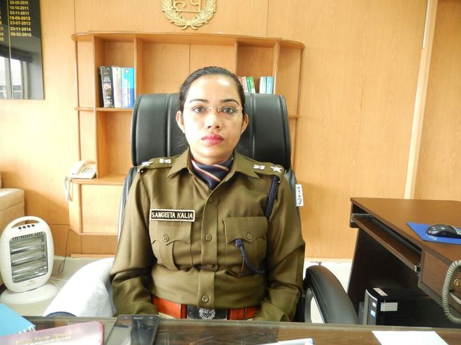 IPS Officer Sangeeta Kalia - Daughter of a Painter