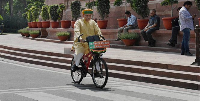 IAS Officer Arjun Ram Meghwa, Who Travels To Parliament In His Bicycle