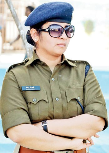 Sarah-Rizvi-IPS-Officer