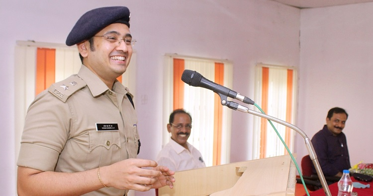 IPS Yathish Chandra - New Hero of our youth