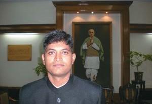 Adapa Karthik - An IAS Topper who Choosed IPS
