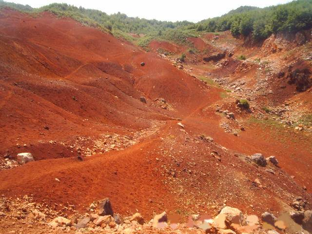 Red soil in india usage benefits and information essay for Soil in india