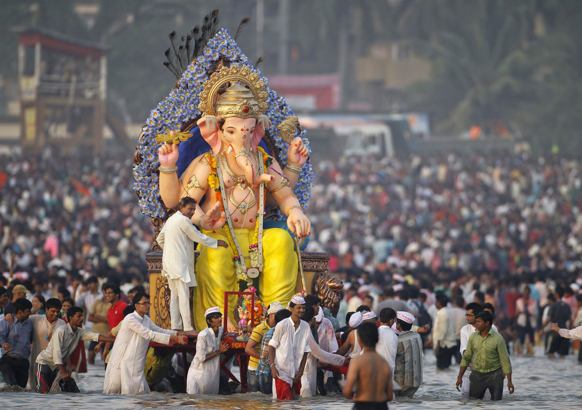 festival of ganesh chaturthi essay for students children